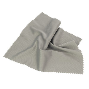 4 x MICROFIBRE CLOTHS